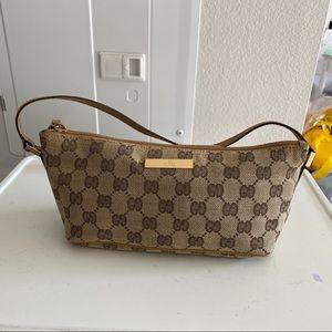 Gucci pochette pouch boat bag y2k